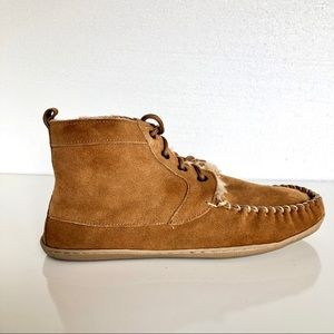 Guide Gear Cozy Fluffy-Lined Suede Chukka Boots 10
